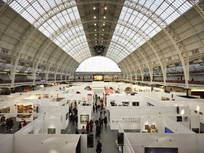 Benefits and risks of trade shows and exhibitions